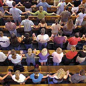 church_praying_together